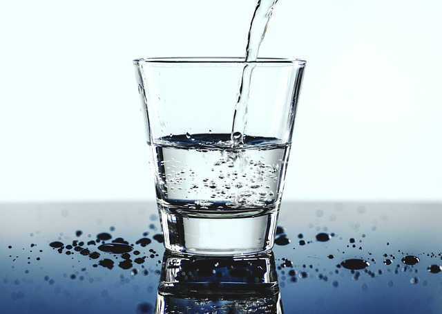 daxueconsulting_mineral-water-market-in-china.jpg